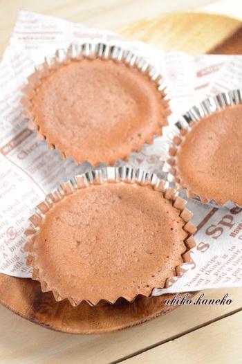 砂糖を使わず甘酒で甘みを出したカップケーキは、バターや油も使わないのでとってもヘルシーで体に優しいです。家族みんなで食べたいですね。