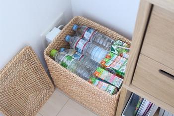 キッチンに置きたいストック品の収納にもかご・バスケットは大活躍!買って来た食品類は、どれも生活感のあるものばかりなので、バスケットに入れてしまえば見た目もとってもお洒落に!