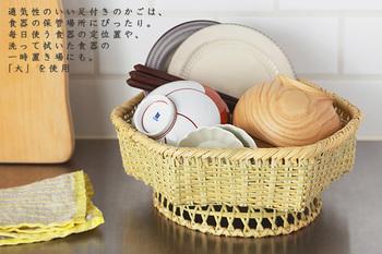 また、シンクの脇に置いておくだけで、「小」なら1人分、「大」なら2~3人家族分のお茶碗や汁椀、小皿などをさっと拭いて乾かしておくなんて使い方も…。