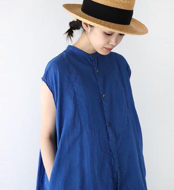 ブルーは暑い夏に爽やかさを演出する際、絶対に取り入れたい優秀カラーです。ぜひ他のカラーとの組み合わせを楽しんで、素敵な夏コーデに挑戦してみてくださいね♪