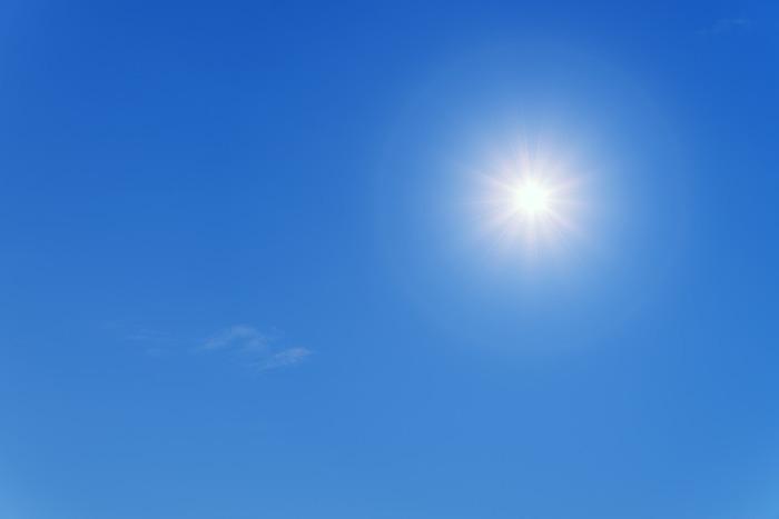 紫外線は気になりますが、日光を適切に浴びるのは健康のためにも必要な事です。日焼け前と日焼け後の両方でしっかりと対策をして、太陽の季節を楽しみましょう。