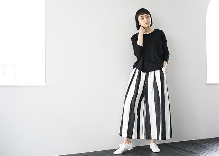 「いつもの着こなしに変化を加えたい」という方には、インパクトのある太めのストライプ柄もおすすめですよ◎。個性的でスタイリッシュな柄が、コーディネートの鮮度をぐっと高めてくれます。
