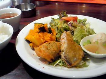 マノ ア マノ(Mano a Mano)では日替わりランチも提供されています。しっかりとお食事したい方は、日替わりランチをオーダーしてみてはいかがでしょうか。
