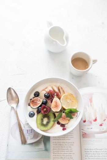 健康な身体は、食事から。忙しい日々で食事が偏ってしまいそうなら、朝食にフルーツを取り入れたり、夕飯の一品を発酵食品にしたりと、簡単にできそうなことからはじめてみませんか。