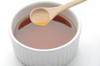 アミノ酸やクエン酸、ビタミン・ミネラルも豊富。琥珀色のまろやかな味わいが特徴で、料理に深いコクと風味をもたらしてくれます。