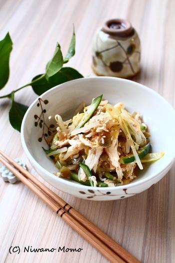 レンジで手軽に作れるピリ辛のザーサイ和え。きゅうりともやしのシャキシャキ感で食べ応えもあります。また、好たんぱくな鶏ささみも入るので、栄養バランスも◎
