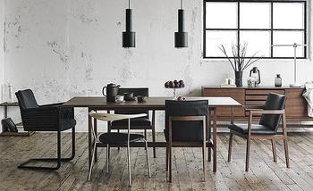 引っ越しや家族の増減で、新しいテーブルが欲しい。ダイニングテーブルは何度も購入するものではないからこそ、こだわりを持って選びたいですよね。