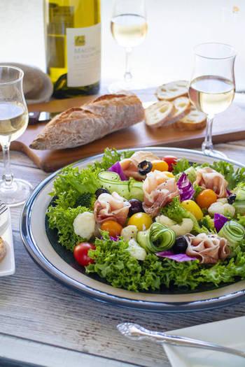 脱マンネリ!飽きずにおいしくサラダを食べるコツ&アレンジレシピ18選