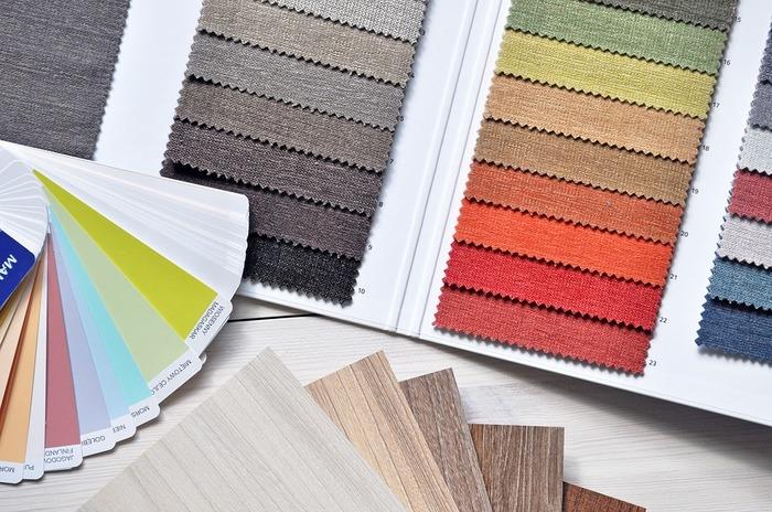 ベースカラーやメインカラーには、アースカラーもおすすめです。自然の色なので、ナチュラルな雰囲気との相性はばっちり。落ち着いた雰囲気に仕上がるでしょう。