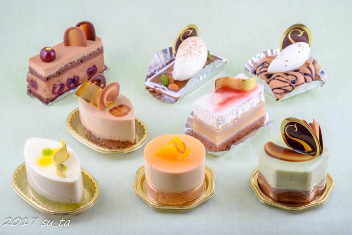 連日大勢のお客が訪れますが、支店を出したり、百貨店に出店したりすることなく、京橋のお店でオリジナルの菓子を提供し続けています。アクセスも良く、ここでしか購入できない貴重なケーキは手土産にピッタリ。