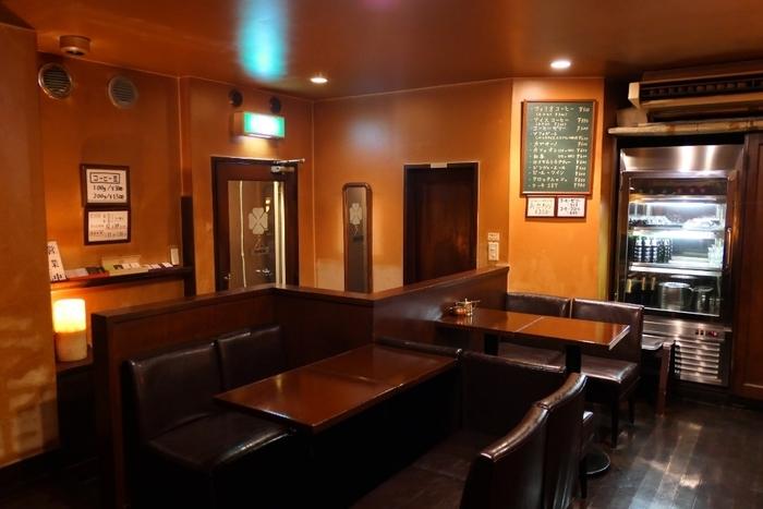 お店の中は、THE昭和な雰囲気。代官山と聞くとおしゃれなカフェのイメージが強いですが、こんなレトロな喫茶店もあるんですよ。