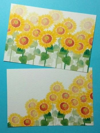 夏を代表する花、ひまわりが描かれたカード。見ているだけで元気になれそうな一枚です。奥のひまわりほど色が薄くなるグラデーションも綺麗です。