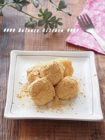 柔らかくてとろける食感のおから餅は、大人も子どもも嬉しいおやつですね。3時のおやつにお子さまと一緒に作ってみるのも楽しそうです。