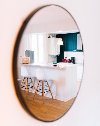 家を購入したいなら、ある程度の頭金は用意するに越したことはありません。ライフプランも合わせて、無理のない計画をすることが大切。どんな家にしたいかイメージを膨らませながら、楽しく準備できるといいですね。