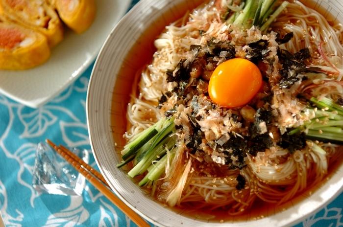 食欲がなくてもツルツル食べられちゃう栄養満点な一皿は遅くおきた週末のブランチにもオススメです。