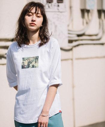 今年の主役の一枚に。ちょっとレトロな「プリントTシャツ」はいかが