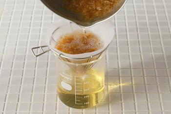 ワイヤータイプなので、水切りヨーグルトや出汁をとるのにも便利。ペーパー、ネルドリップどちらも使えるのも嬉しいポイント。