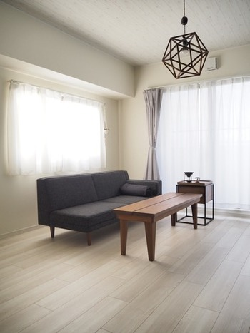 小さな住まいは、できるだけ開放感のある空間づくりが快適に暮らすポイントになります。そこで意識したいのが「オープンな間取り」です。