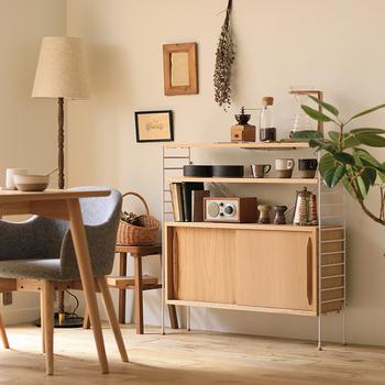一目惚れで家具を決めたけれど、実際に入れてみたら部屋が狭くなってしまった…という失敗はありませんか。  空間を広く使うためには、家具選びも慎重に。