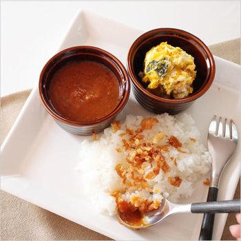 スカイツリーで有名な東京、押上で人気のカレー専門店「スパイスカフェ」。約3年半かけて世界48ヶ国の料理を食べ歩いて修行を重ねたシェフの伊藤一城氏が、日本人に合わせた味を提供しています。