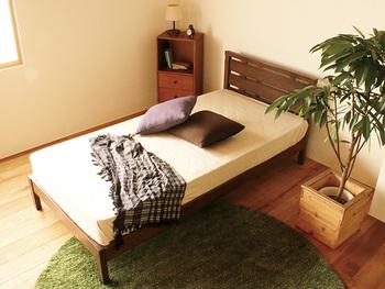 自分のライフスタイルや好みに合わせて、ベッドや布団を選んでみてください。おしゃれにコーディネートすると、寝る時間が毎日の楽しみになりますよ。