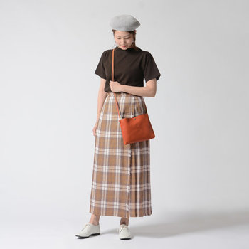 1850年代にアイルランドのダブリンで生まれたファクトリーブランド。アイルランドの民族衣装であるキルト製品を作り続けています。流行にとらわれないデザインが魅力です。