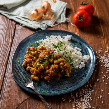 スパイシーなカレーは暑い季節にぴったりの料理。作り置きもできて、家計にも優しいので、頻繁に作りたいところですが、毎回同じ味だと飽きてしまうことも……。