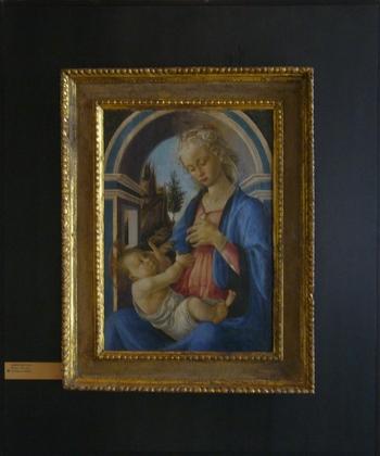 数々の名画が所蔵されているプティ・パレ美術館ですが、中でもボッティチェリによって描かれた「聖母子」は必見の絵画です。