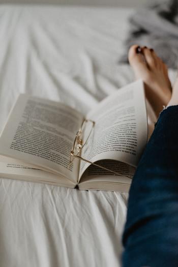 とは言っても急ぎの連絡であるとか、締め切りがある場合も多いですよね。そんな時には一度、全く違う文章を読むことで頭をリセットさせましょう。