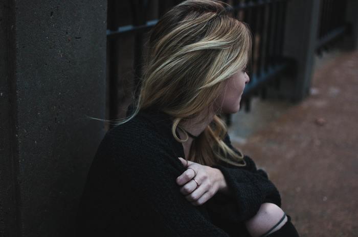 怒り・嫉妬...醜い感情にふたをしないで。マイナス感情を隠さずに向き合う方法