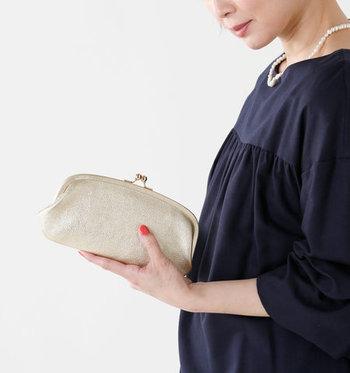 がま口デザインのお財布は、どこか懐かしさを感じさせる大人女子にぴったりなアイテム。お気に入りデザインのがま口財布を選んで、大人の遊び心を楽しみましょう♪