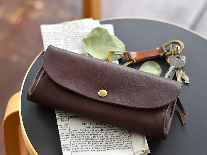 ふだんの持ち物をミニマムにするためには、ここでご紹介する「バッグの整理方法」を習慣化することです。一度やって終わりでは、その場しのぎにしかなりません。毎日は無理!という方でも、週末だけでもやってみる価値があります。