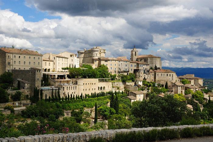 南フランス プロヴァンス地方で眺める風光明媚な景色 ~ゴルドとその近郊の見どころ~