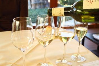 ルミエールのワインは、国際ワインコンクールで金賞を受賞するなど、海外でも高く評価されています。ランチでも、その味を堪能できますよ。