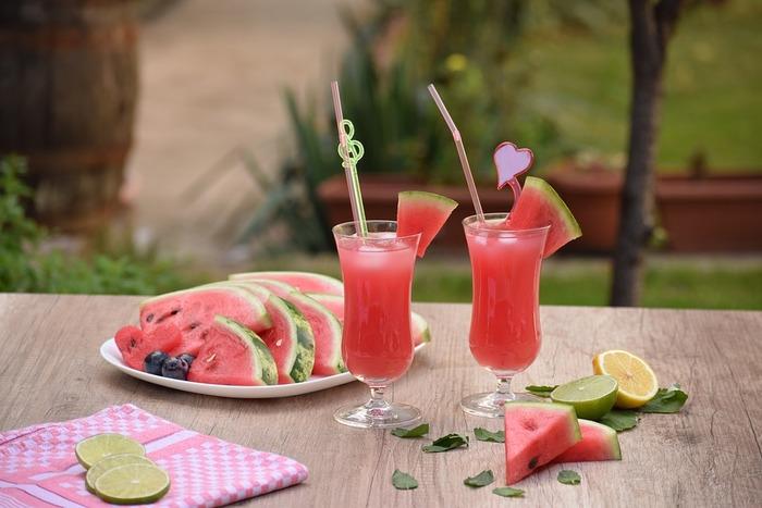 暑い夏のお楽しみ。【自家製ひんやりドリンク】のシンプルレシピ集