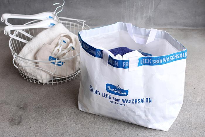 お洗濯をするのが楽しくなる「Freddy Leck sein WASCHSALON(フレディ・レック・ウォッシュサロン)」シリーズのお洗濯グッズ。ブルーと白の色使いは清潔感があってさわやかな♪ランドリーバッグやウォッシュタブなど、用途に合わせてお気に入りを探してみてください。
