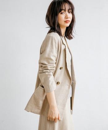 真夏のジャケットスタイル対策!涼し気に、でもきちんと見せるコーデ集