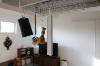 使用後は、風通しの良い場所で乾燥させるだけと、お手入れも楽ちん! 上部にリングがついているので吊るして乾かすことも出来ます。