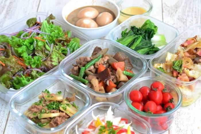 暑い季節にぴったり。簡単「夏の常備菜」レシピ&作り置きのコツ
