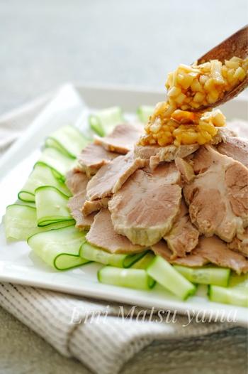 厚切り薄切りかたまりも!豚肩ロースを食べつくしたい、人気レシピ