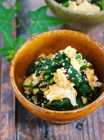 珍しい卵を使ったナムルのレシピ。手軽な卵を使った炒め物で味のバリエーションが増えるのは嬉しいですね。主菜のたんぱく質を補う一品としてどうぞ!