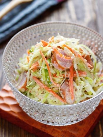 マヨネーズを使ったサラダは、どうしてもカロリーが気になってしまうもの。ヨーグルトをプラスすることでカロリーオフ&脂質を抑えつつ、濃厚な味はそのままに仕上がりますよ。