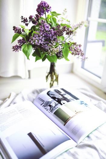 もらった花束、結婚式のお土産のフラワーアレンジ、庭から摘んだ花で、ドライフラワーを作ってみませんか。基本的に、乾燥させればOKです*