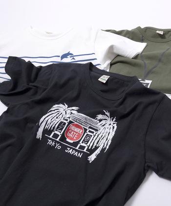 ネットを使用するときは、プリント面を内側にし、Tシャツを裏返して入れると洗濯時のダメージを防ぐことができます。