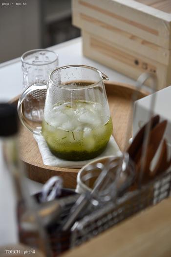 氷水出し緑茶は、氷水でお茶を抽出することで、渋みが少なくなりまろやかさが堪能できます。
