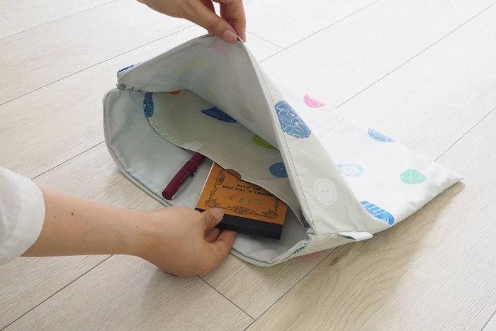 用途に合わせてサイズや形を選べば、更に使いやすいポーチが作れます。