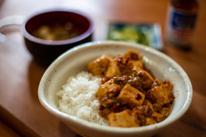 丼物レシピいかがでしたか? いつも同じメニューになりがちな丼物は、具材を変えると飽きずに楽しめます。忙しくて時間がない日、献立を考えるのが面倒な日は、丼物にしてみてはいかがでしょうか?