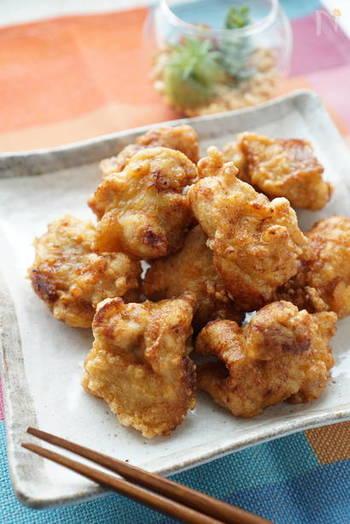 塩麴から揚げは、塩麹で漬け込むことで冷めてもふんわり柔らか。味がしっかりと染み込んでいるのでお弁当のおかずにぴったり!晩ごはんには揚げたてジューシーなところを召し上がれ♪