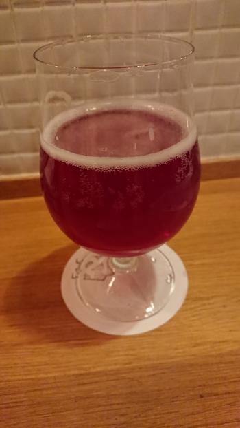 岩手県産のヤマブドウを使用した「サワーエール」は、強い酸味が特徴。今後も種類を増やしたり、新しいタイプのビール造りにも挑戦するとのことで、どんな味に出合えるか楽しみですね。