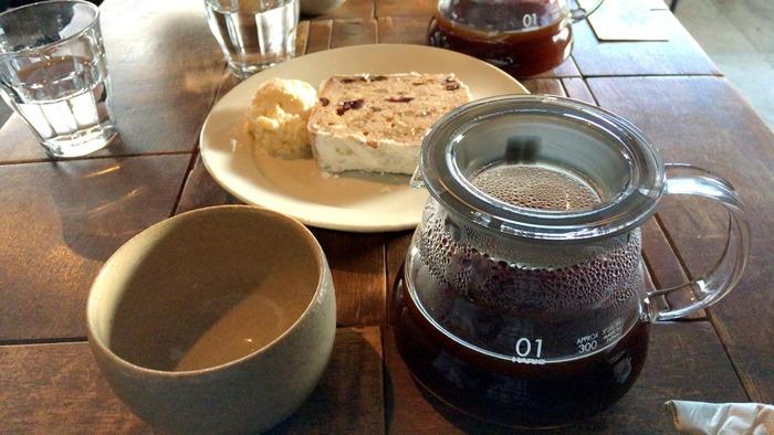コーヒーは生豆から購入し、自家焙煎しています。苦味が強いものから酸味のあるものまで、さまざまな味わいのコーヒーからお好みのものを選んでみませんか?